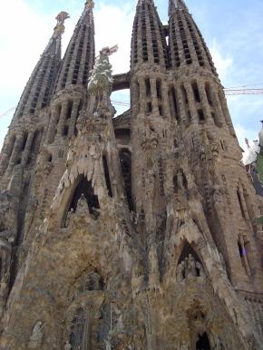 A Reflection on Barcelona,Spain